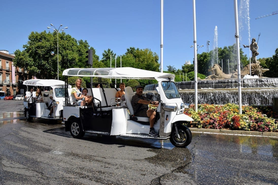 Getting to know Madrid with our Tuk Tuk vehicles