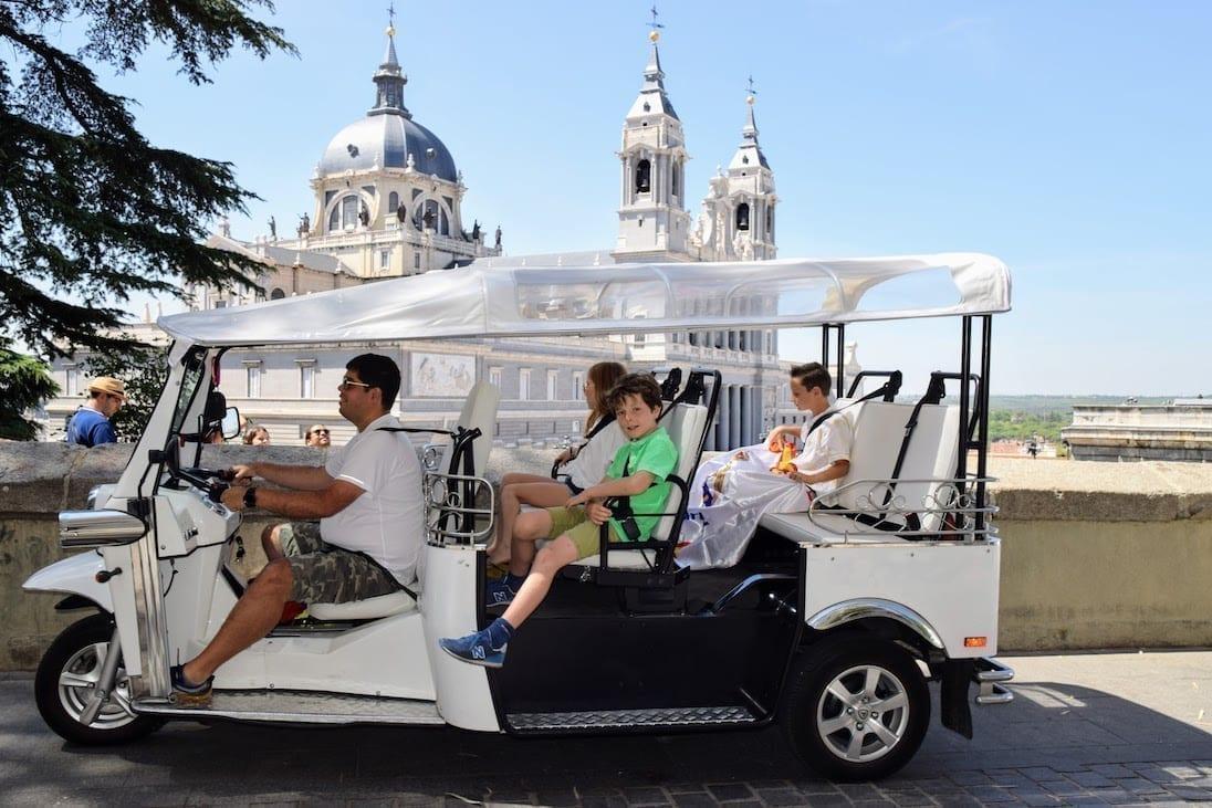 The best Tuk Tuk tour of Madrid