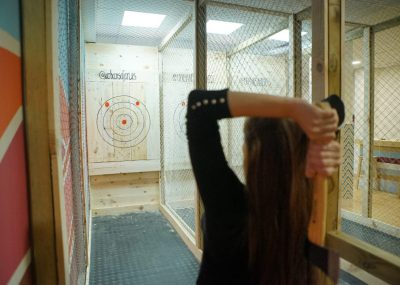 Axe Throwing 2 hours session