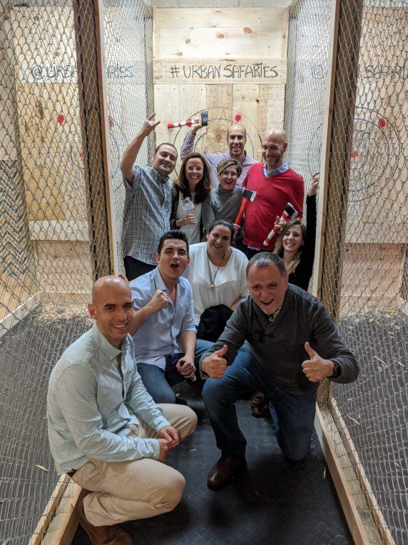 Team building Lanzamiento de hachas