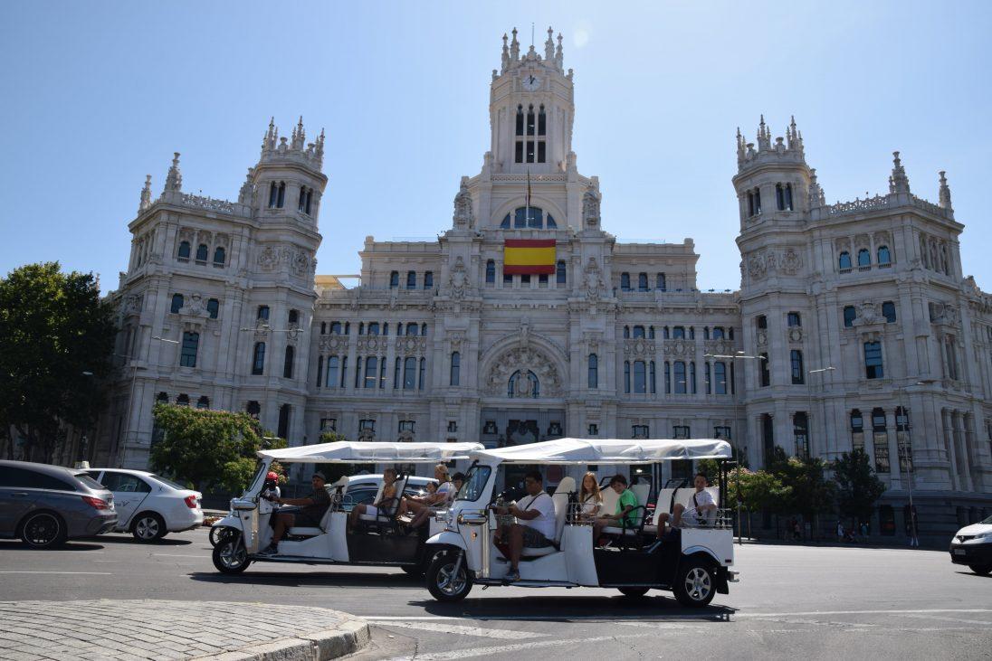TUKTUK COMO PLAN EN MADRID